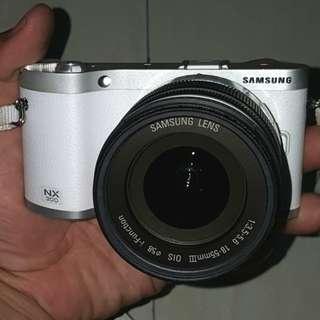 Mirrorless Samsung nx 300