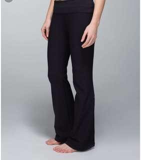 Lululemon Black Flare Pant - size 6