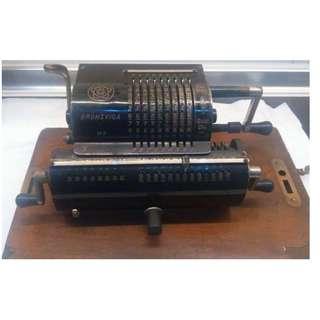 1930年BRUNSVIGA M II 西德古董計算機
