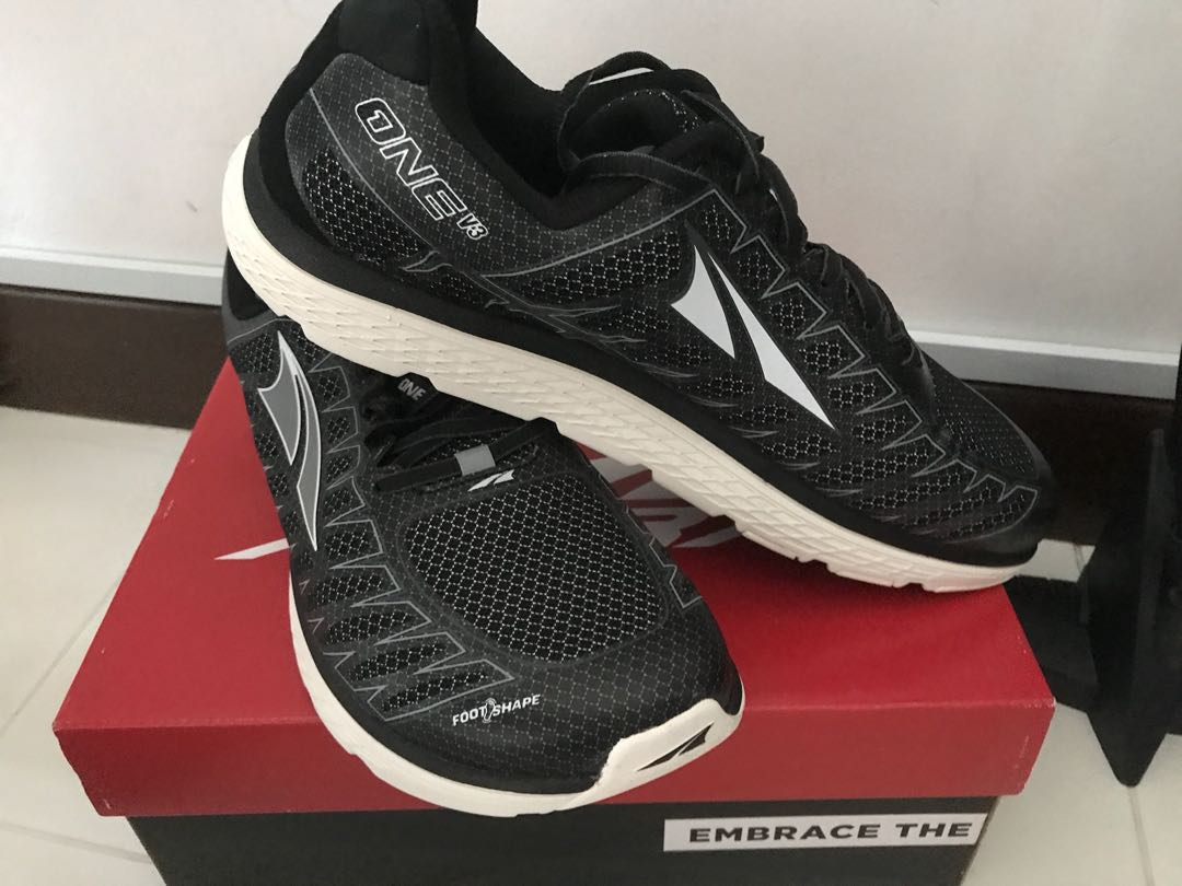 buy online a1bdd a52c7 Altra One V3, Sports, Sports & Games Equipment on Carousell