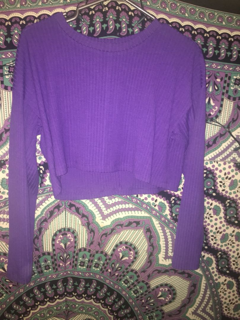 F21 cropped long sleeve