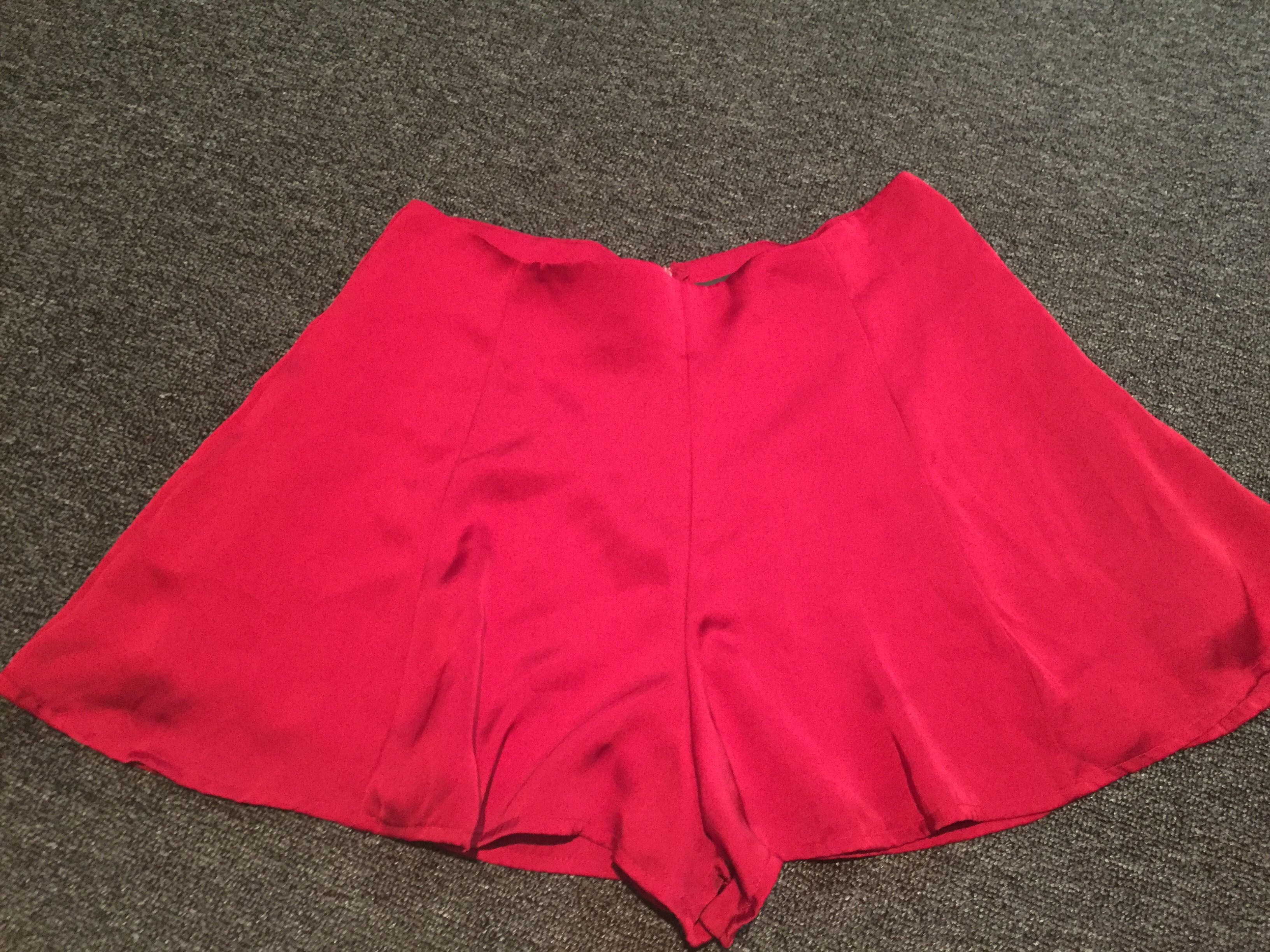 Glassons silky red shorts