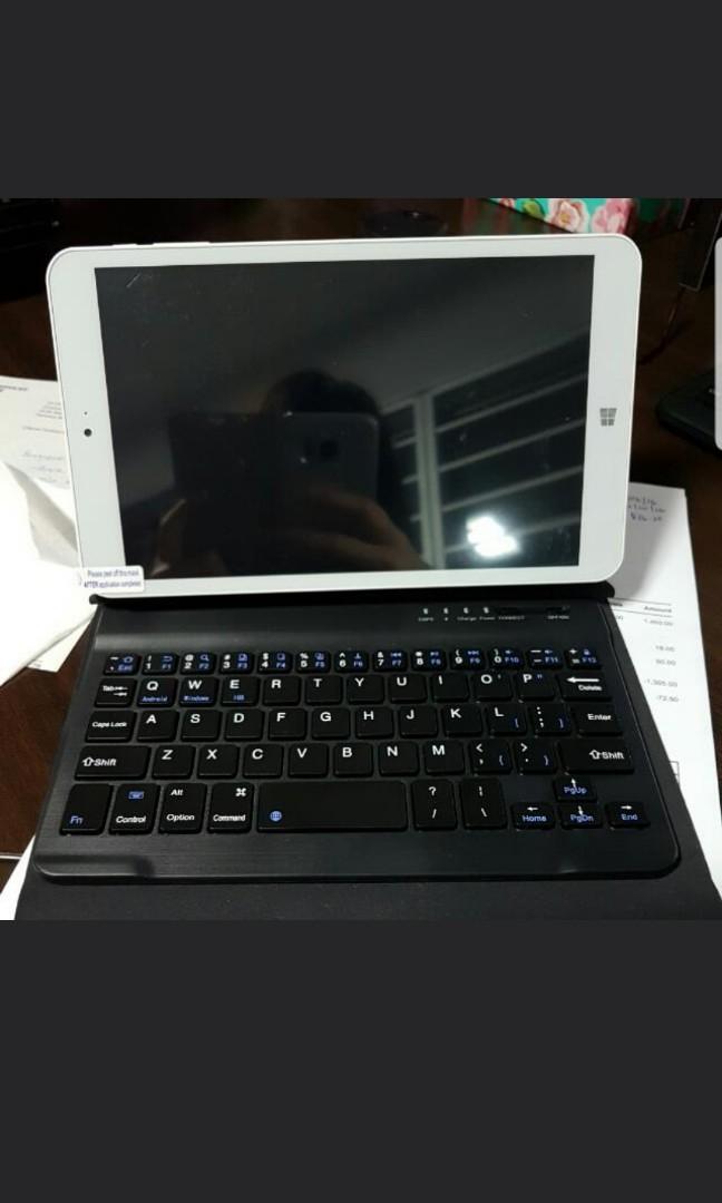 Preloved Windows 10 Mini Laptop Tablet Bluetooth Keyboard