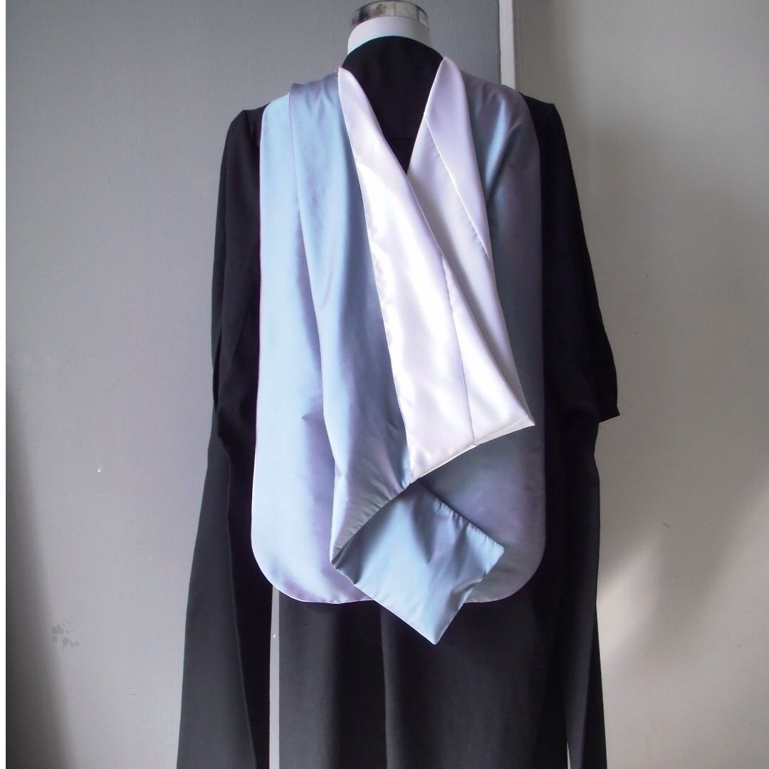 RENT Graduation Gown BMus (London), Everything Else, Others on Carousell