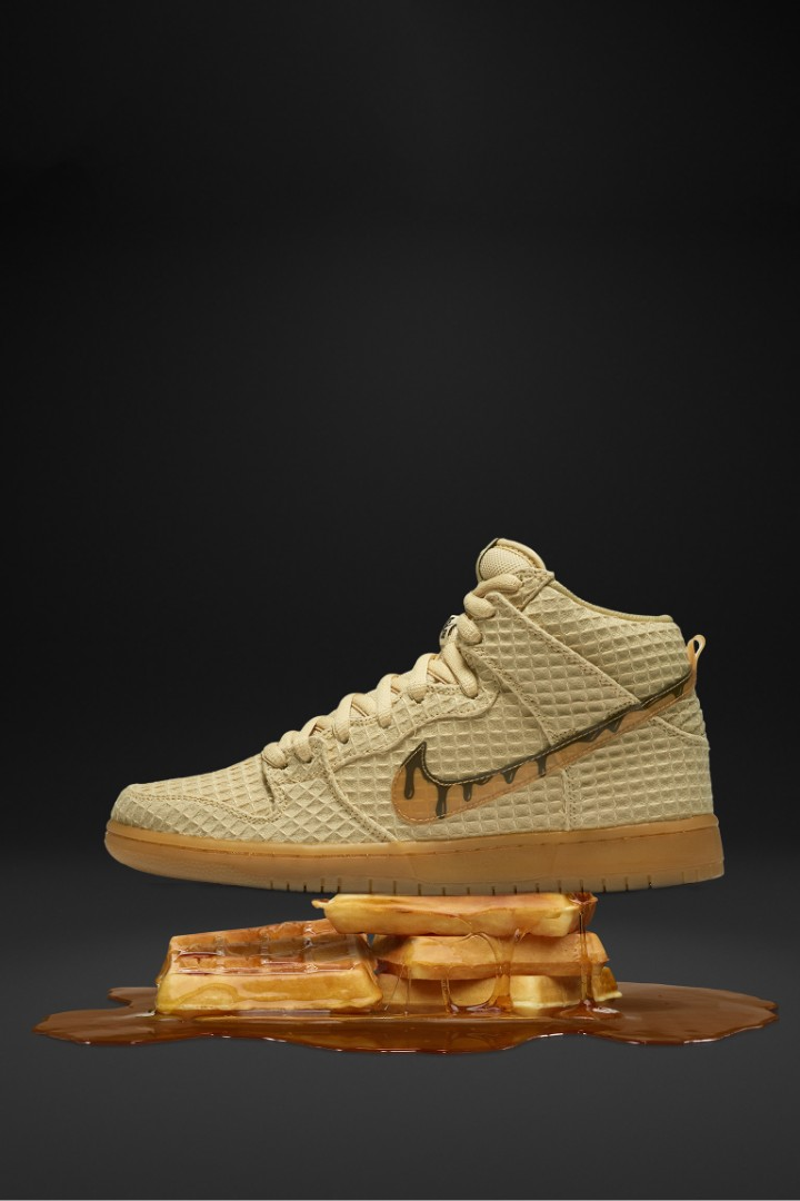 save off a176b a9ca0 Nike SB Dunk Waffle, Men s Fashion, Footwear, Sneakers on Carousell
