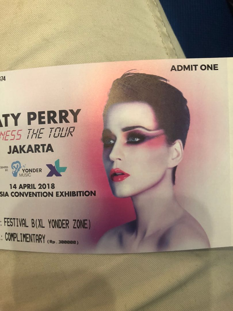 Tiket Katy Perry Witness Tour Voucher Acara Di Carousell The 2018 Photo