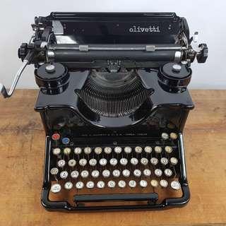 1921 年意大利製OLIVETTI M20 古董打字機