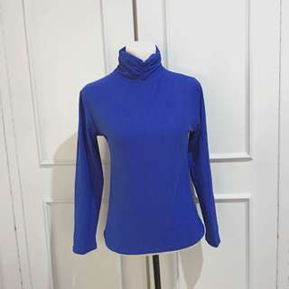 Blue turtle neck top fits up to L