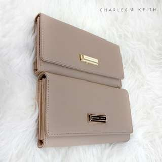 SUPER SALE !!! DOMPET CHARLES AND KEITH