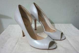 White peep toe heel