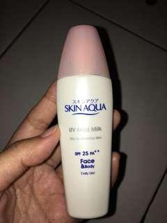 Skinaqua UV Mild Milk SPF 25 PA++