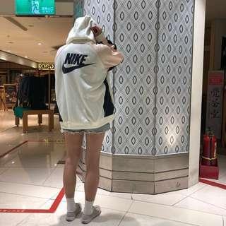 Nike少女風外套