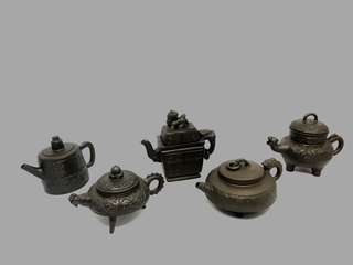 Chinese YiXing Zisha Teapot 1980s Set of 5