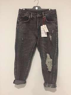 Boyfriend jeans size 8