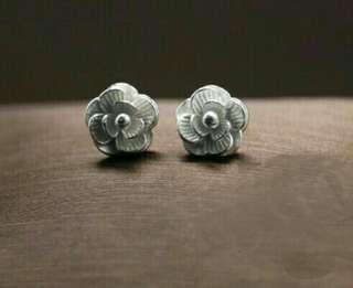Super cute 925 sterling silver flower studs earrings