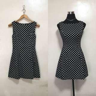[Preloved] Polka Dots Sleeveless Skater Dress