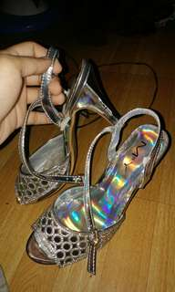 Preloved silver high heels