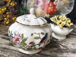 英國Aynsley安茲麗Pembroke古考斯玫瑰系列花鳥景緻花瓣形置物罐