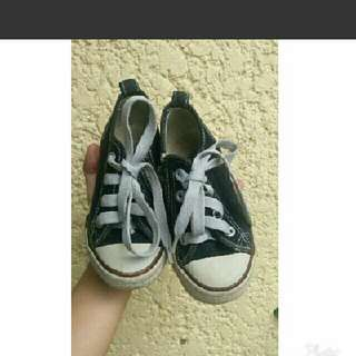 Authentic slazenger toddlers shoes converse