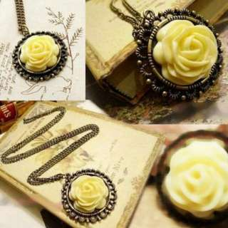 [3FOR$10] Victorian Vintage Yellow Rose Necklace