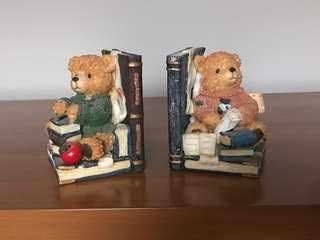 Cute teddy bear book ends