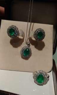 Columbian emerald set