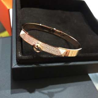 Brand New Hermes CDC half paved diamond in Rose Gold Size Short