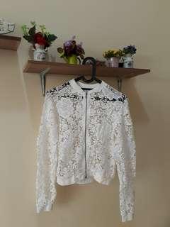 Knit outer Putih