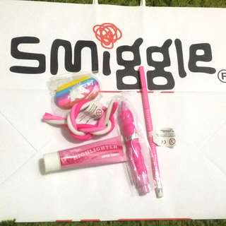 Smiggle Pink set (5 items)