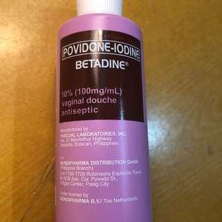 Betadine douche antiseptic
