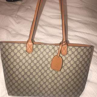 Gucci GG brown leather reversible tote bag