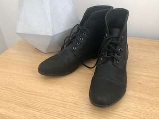 BRAND NEW | NOVO | SIZE 7 | Black Daikon Flat Ankle Boots | Autumn | Winter | Work Shoes