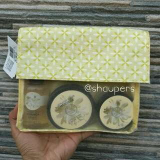 Moringa Gift Set Bath The Body Shop