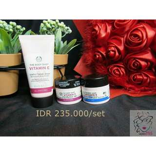 The Body Shop Vitamin E Facial Wash, Nourishing & Moisture Cream