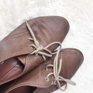 FIGLIA Vintage Brown Leather Oxfords