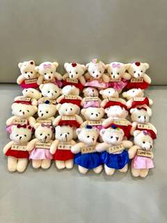 Instocks❗️👉🏻Brand new cutie little bears with personalised message on tag👈🏻 ideal as decoration piece for gifts box 🎁 selling 1 for $4, 3 for $10