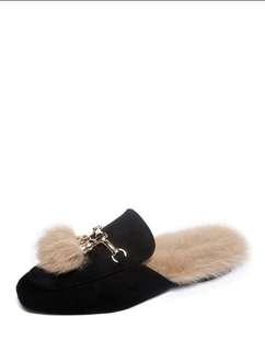 Sepatu bulu import dari cina lgsung !!
