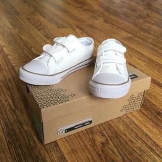 North Star school shoes