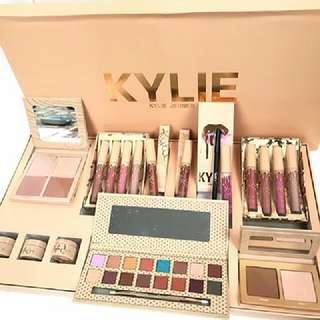 Kylie Collection Box