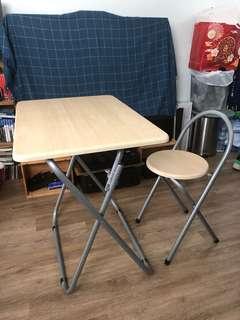 摺檯連椅子