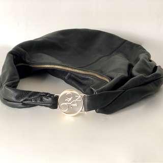 Oroton Ashima large hobo || Oroton Luxury Accessories - Pristine Condition