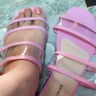 Matte pink sandals with transparent strap