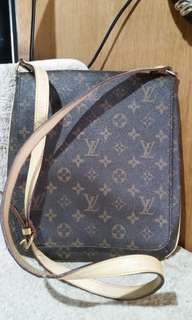Replica LV body bag