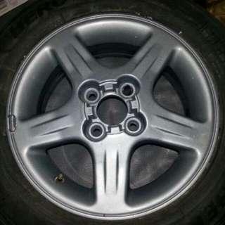 Nissan Sentra B14 OEM  Mags  5pcs