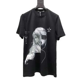 Givenchy Star and Overlaid Statues Print Black T-shrit