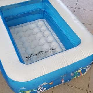 Baby toddler home water therapy pool, ball pool, splash pool inflatable