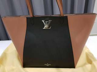 LOUIS VUITTON (Own) New Lockme Cabas Tote bag