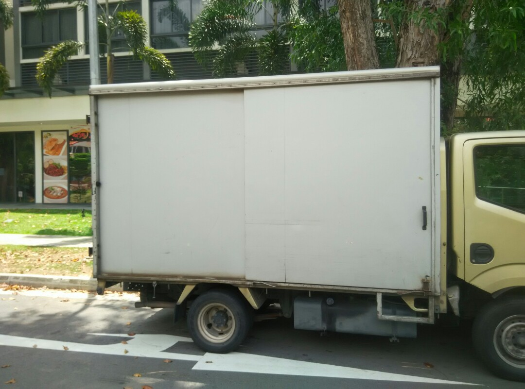 5319ea036e 10ft lorry transport service