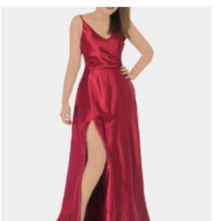 LONG GOWN WITH SLIT (DANAERYS)