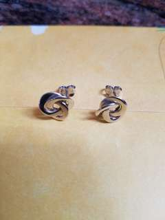 18K750 White Gold Earrings               ❤Love Knot❤ 18K750 白金意大利耳環